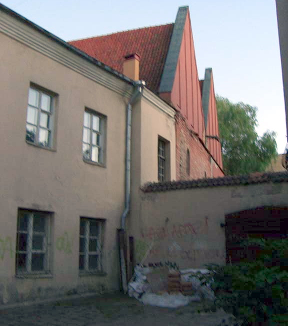 A house with a red roof in Vilnius Old Town, August 2005