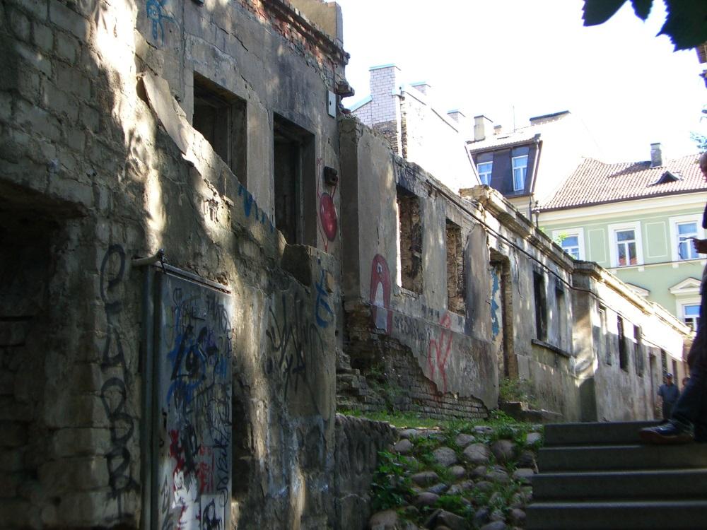 Crumbling house in Jonas Mekas alley in Uzupis, September 2005