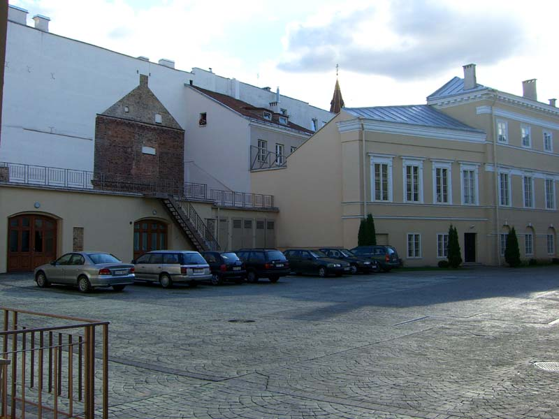"A courtyard off of Boksto (""Tower"") street in Vilnius, Lithuania in August of 2005"