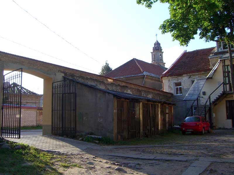 A courtyard on Boksto street in Vilnius Old Town, September 2005