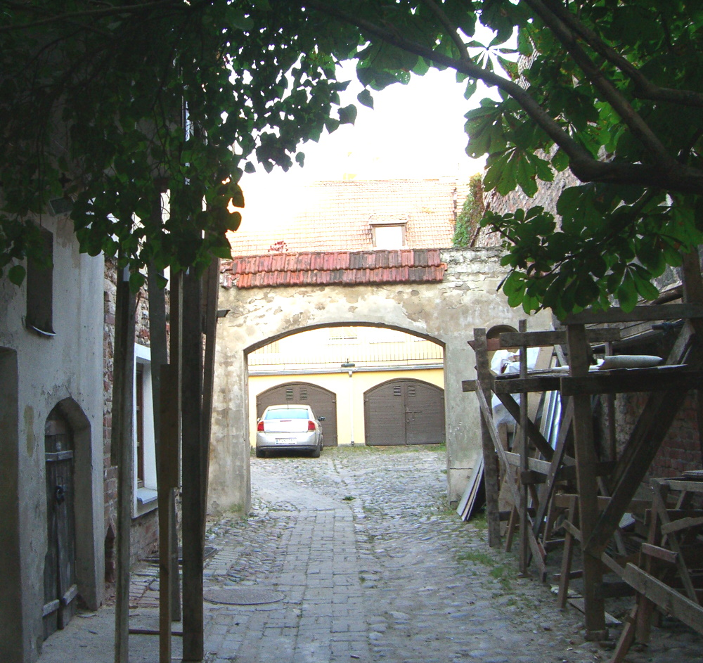 Arches within arches on Arkliu (Horses) street in Vilnius, September 2005