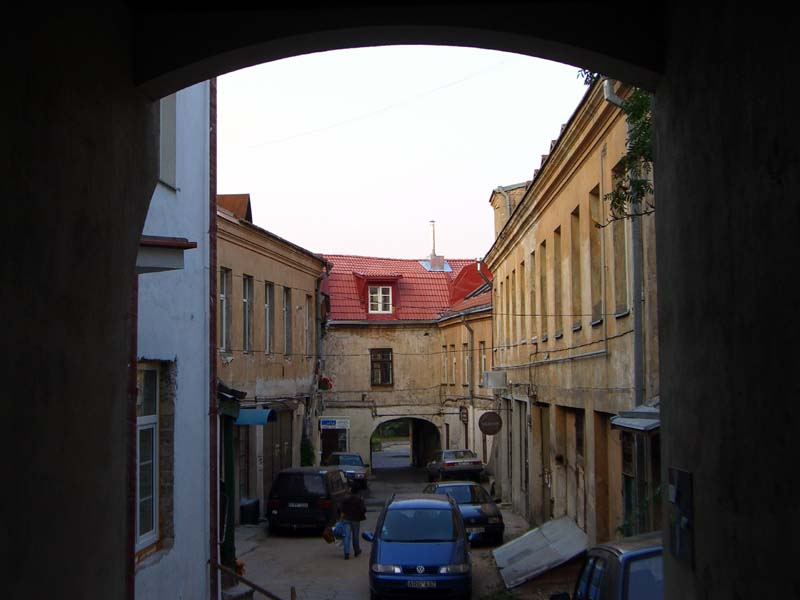 A courtyard off of Pylimo street in Vilnius, Lithuania, September 2005