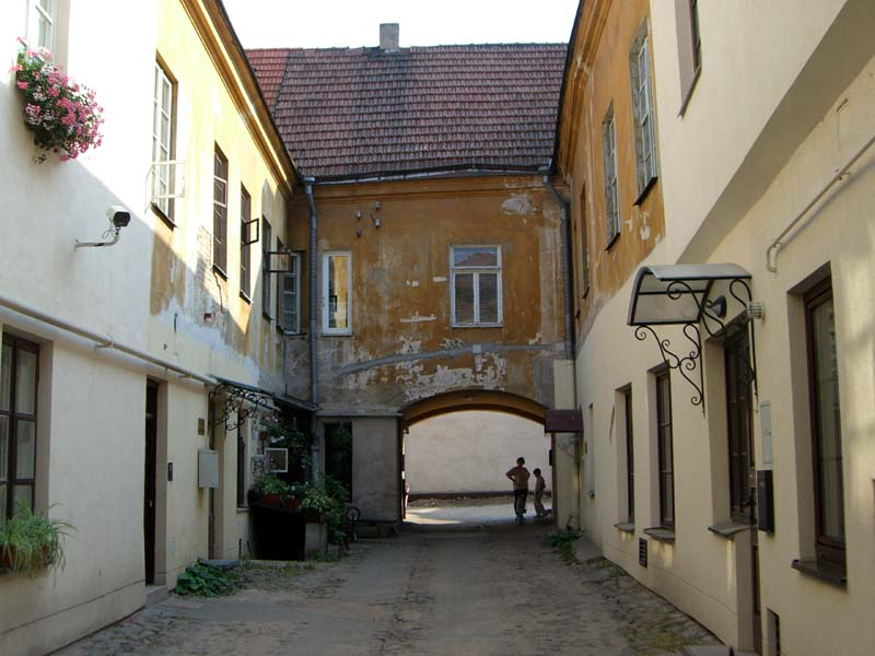 A courtyard off of Saviciaus street in Vilnius Old Town, September 2005