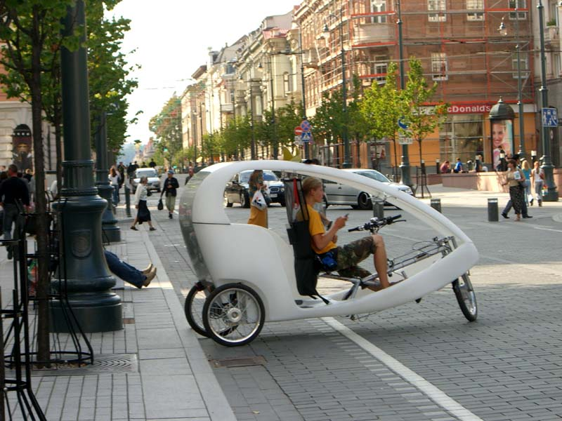 A rickshaw in Vilnius, September 2005