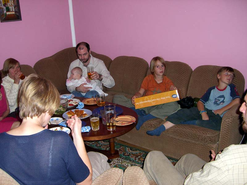 Everybody on the couch, September 2005
