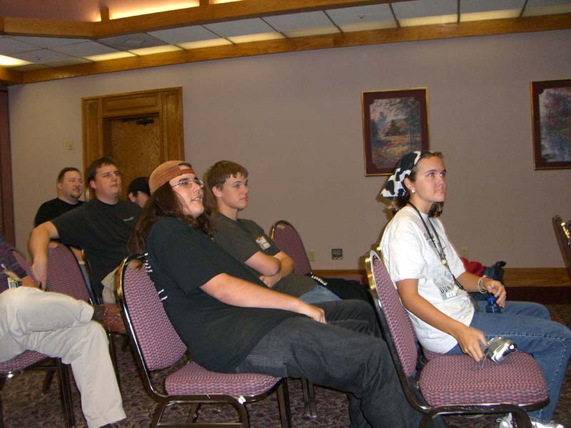 Larval Mode panel audience at Linucon 2005