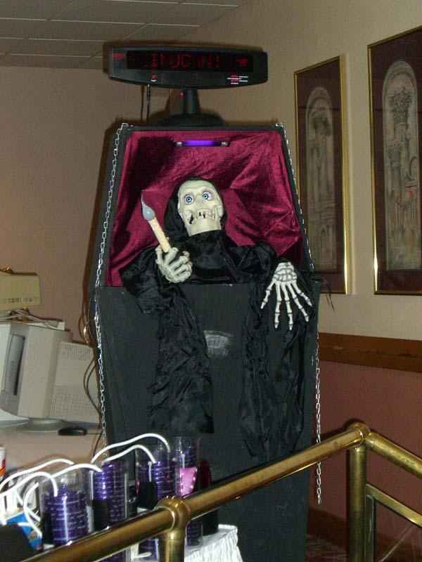 Grim Reaper robot at Linucon 2005