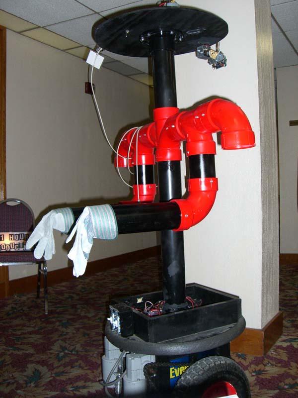 Eric's robot at Linucon 2005