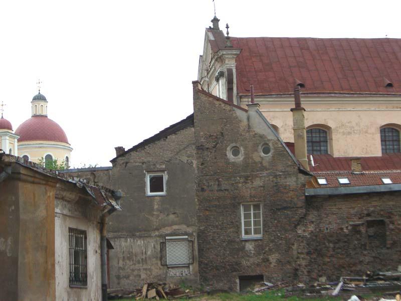 The inner courtyard of Holy Trinity church and Basilian monastery