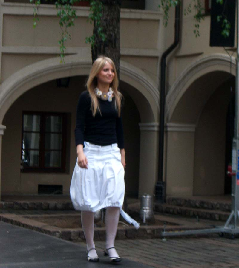 White bubble skirt, May 2006