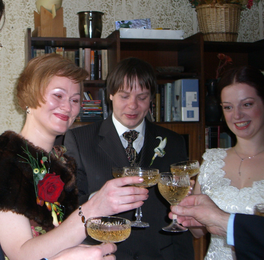 E, P, M are having a champagne toast before the wedding