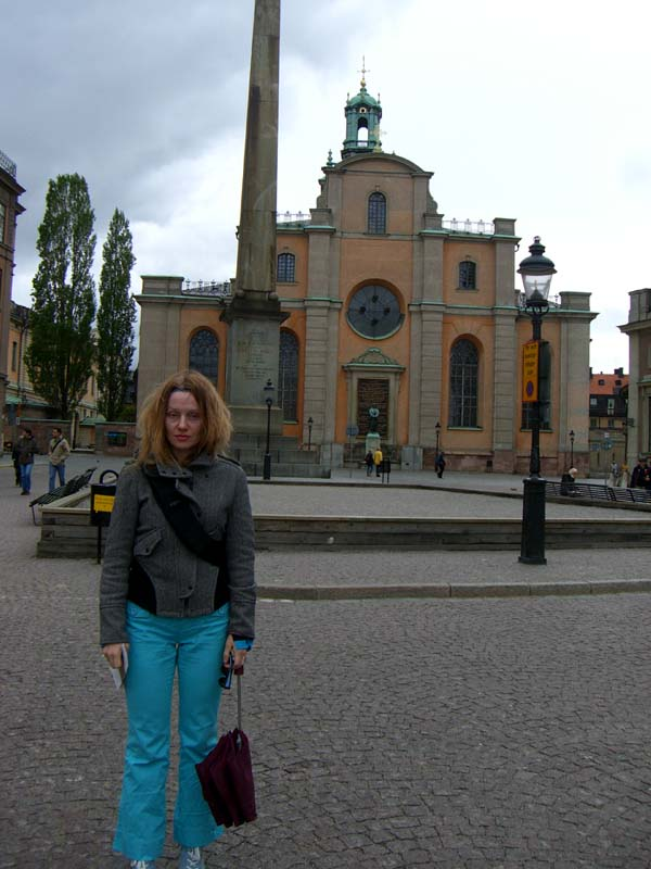 Me in front of a building in Stockholm Old Town