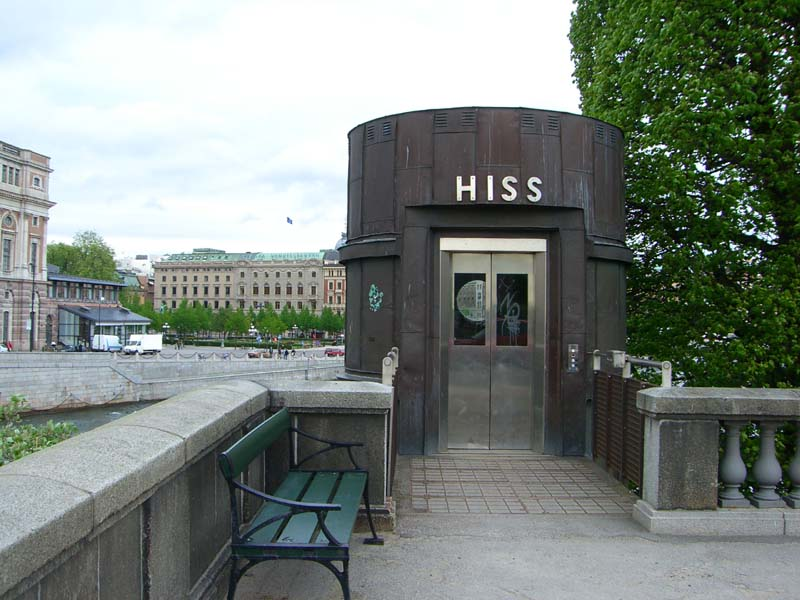 Hiss, a sign for an elevator in Stockholm