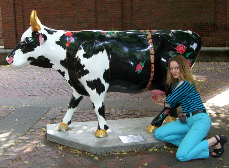 Me and a cow sculpture in Boston