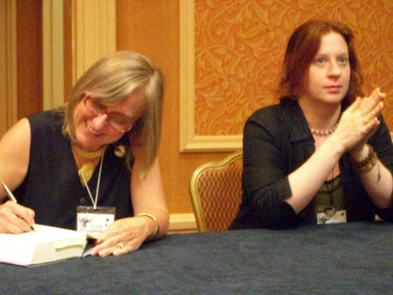 Julie Czerneda and Diana Gill at ArmadilloCon 2006