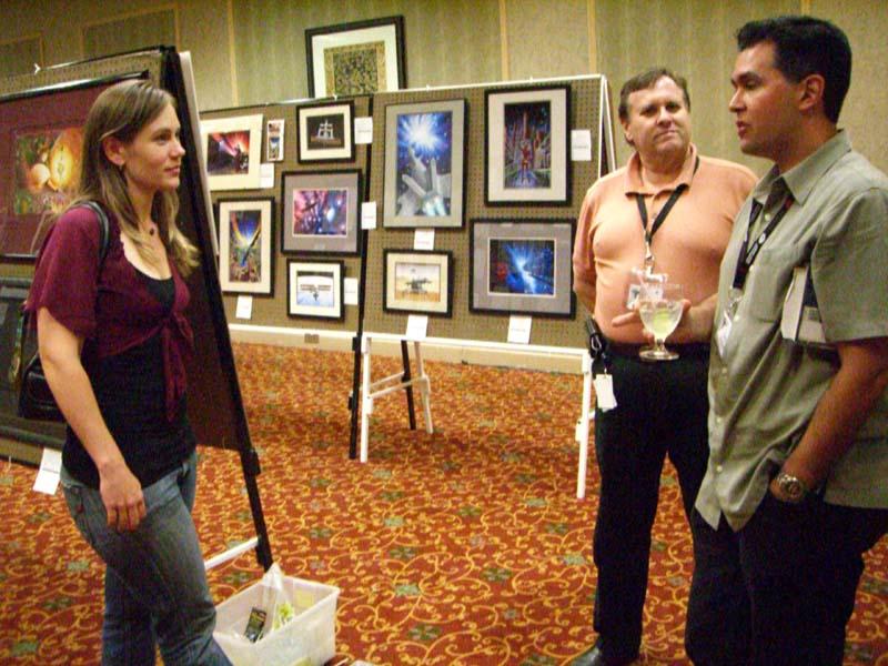 Unidentified con-goer, Shane Cook and John Picacio at ArmadilloCon 2006