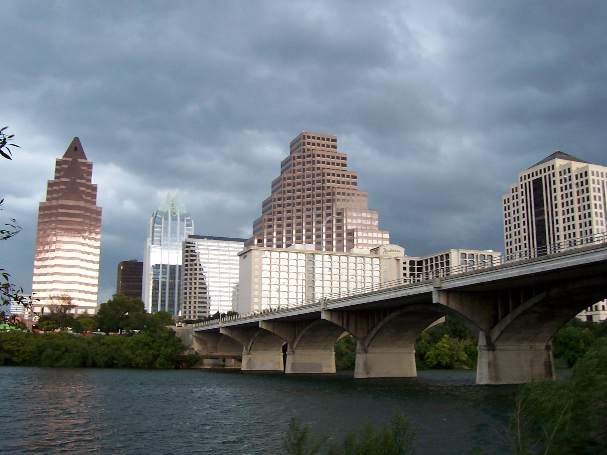 Building in the Austin downtown, seen from under a bridge