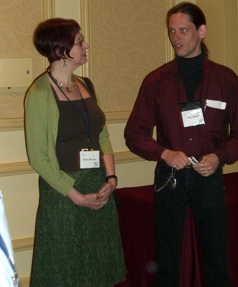 World Fantasy Convention 2006: hallway conversation after the Best Fantasy of the Year panel