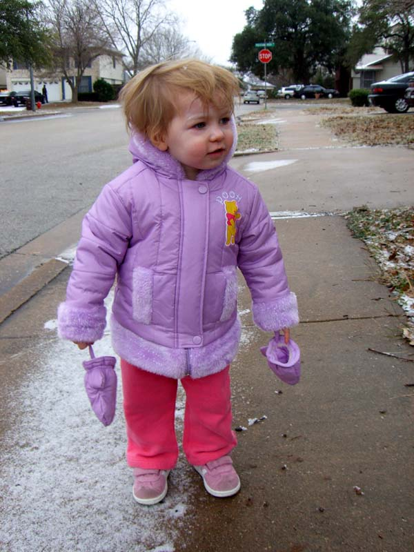 E seeing snow for the first time