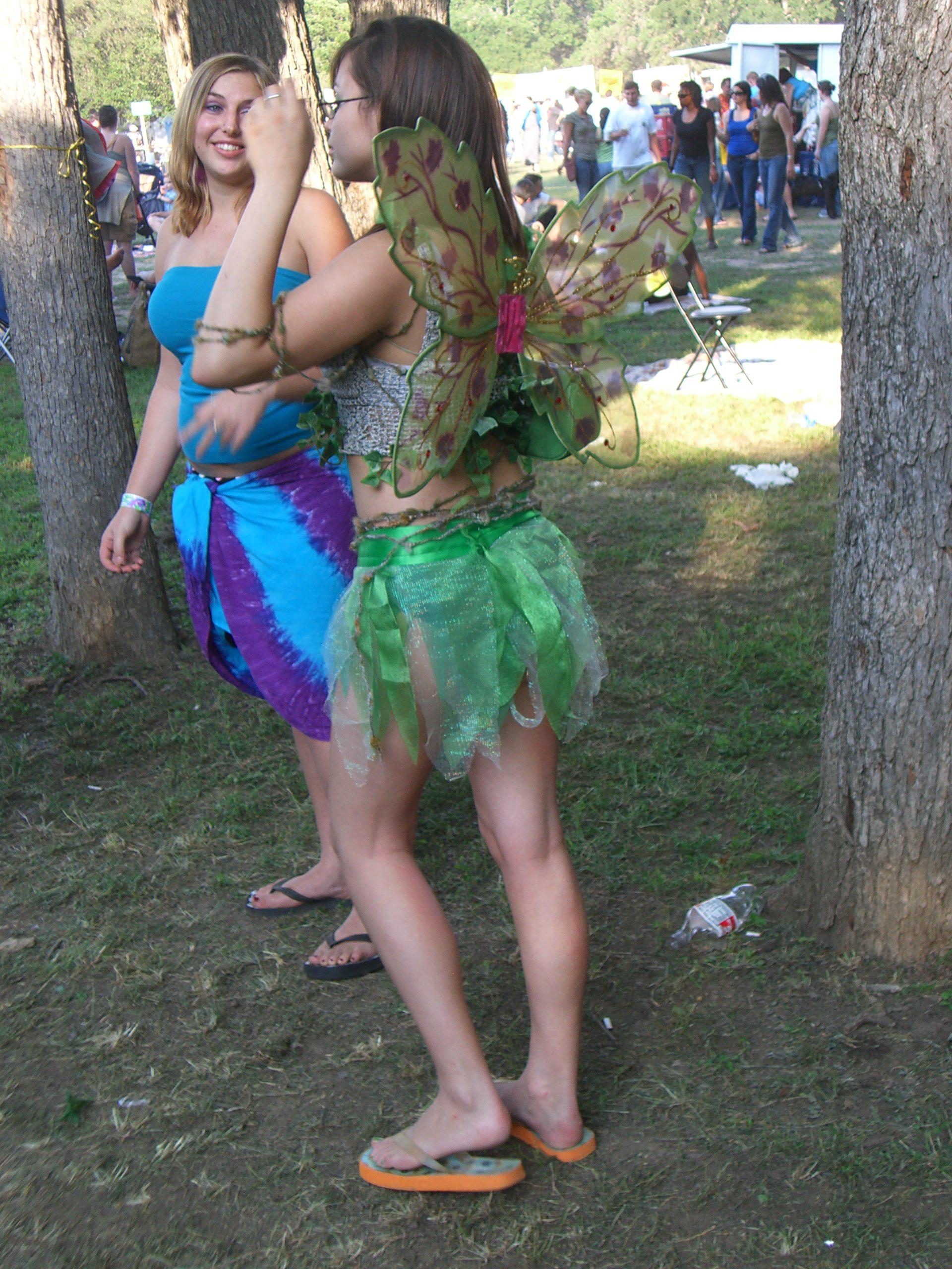 Green fairy wings, seen at the Eeyore's Birthday 2007