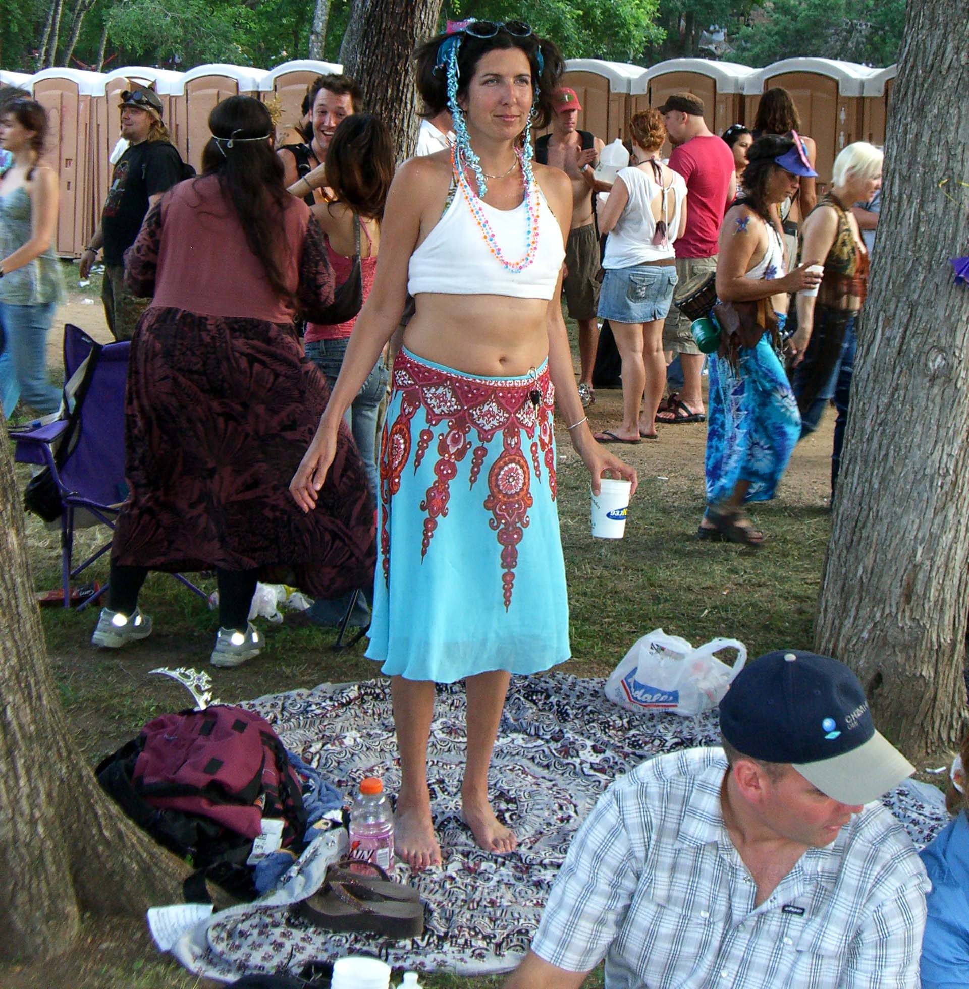 A henna-patterned skirt and an interesting headdress at Eeyore's Birthday 2007