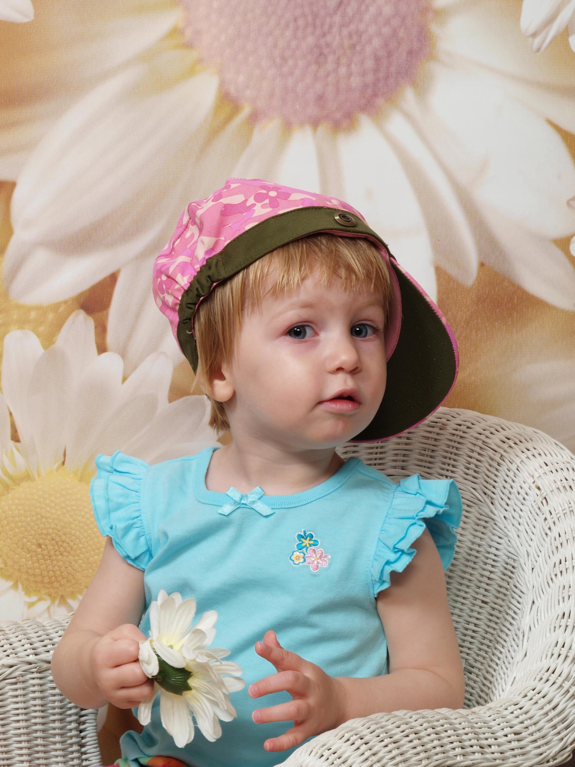 E with a backward-facing hat, looking up, May 2007